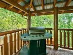 Main Level Deck with Grill at Tennessee Dreamer