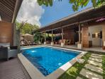 2. Lakshmi Villas - Kawi - Pool side