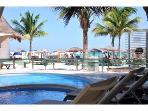 Mamitas beach club pool