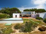 Villa Monte da Lua, Swimming Pool and Garden