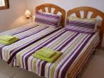 Twin bedrooms 1