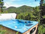 Hot Tub on Deck at Mountain Do