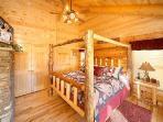 Bedroom at Elk Ridge Lodge