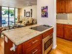 Full Kitchen, Newly Renovated