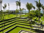 Arnalaya Beach House - Terraced garden