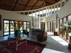 Villa Umah Daun - Living area center table