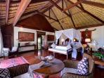 Villa Sungai Tinggi - Master suite