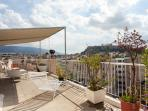 Terrace with Acropolis views and expansive views of Athens!