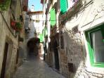 Beautiful street of artists called Garzotto where the apartment Arco Vecchio is situated!