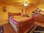 Bedroom with King Size Bed at Paradise Found