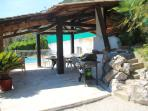 Espace piscine Barbecue