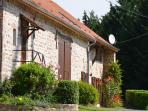 Une belle maison de pierre authentique du Morvan