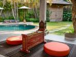 Enjoy some Balinese music
