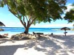 La plage privée de l'Anse des Rochers