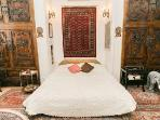 King size bed in Buddha main floor