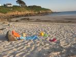 La plage de kerhornou au coucher du soleil