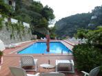 02 Ciclamino shared pool area