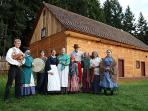 Fort Nisqually, 17 min drive