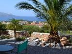 front garden with view over Souda bay