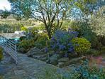 Jardín. Aceras y rampas para personas con movilidad reducida