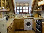 2 The Granary holiday cottage in Brighstone - fully fitted kitchen