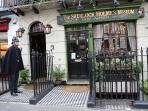 The sherlock holmes museum:15 minutes by bus.
