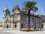 Carmo and Carmelitas Churches - 350m - 4 min walk