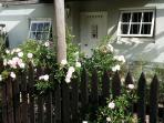 Nostalgia Garden Cottage A French flavor!
