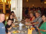 soirée avec nos clients  danse traditionnel Khmer et Buffet