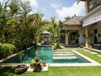 Bungalow Jepun in the Ricefields of Ubud with Pool