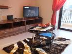 32inch TV with various channels & free wi-fi