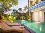 pool side sunbed
