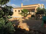 Casa, jardin,  terrazas, piscina...