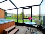 Screened Patio with Private Hot Tub & Lake View