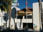 Nuestra fachada, puerta principal