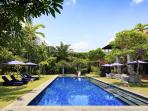 Villa Sayang d'Amour - Pool perfection