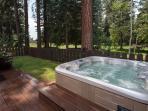 Hill Kings Beach Rental Cabin - Hot Tub