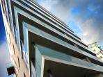 Award winning secure development with underground parking & 24/7 concierge