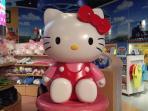 15mins drive to Hello Kitty Scenerio Town, Puteri Habour