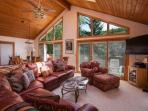 Eagle Vail Home, Comfortable for Big Groups or Multiple Families, Close to Vail