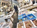 Tsukiji market - 8 minutes by train
