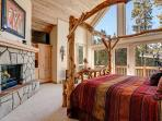 Happy Trails Lodge Master Bedroom Breckenridge Lodging Vacation