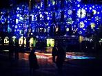 L'illuminazione natalizia della città