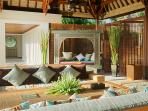 Puri Bawana - Main living area & bale
