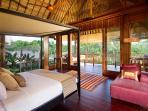 Puri Bawana - Master bedroom