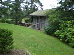 View of side yard featuring Guest house