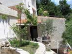 A D(5): garden terrace