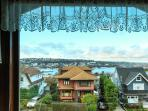 The house looks over Lake Union, Gas Works Park and Seattle Center