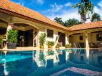 The Coconuts Villa - Luxury 3 Bedroom Pool Villa