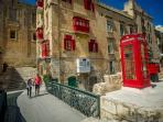 Valletta 15 min by bus